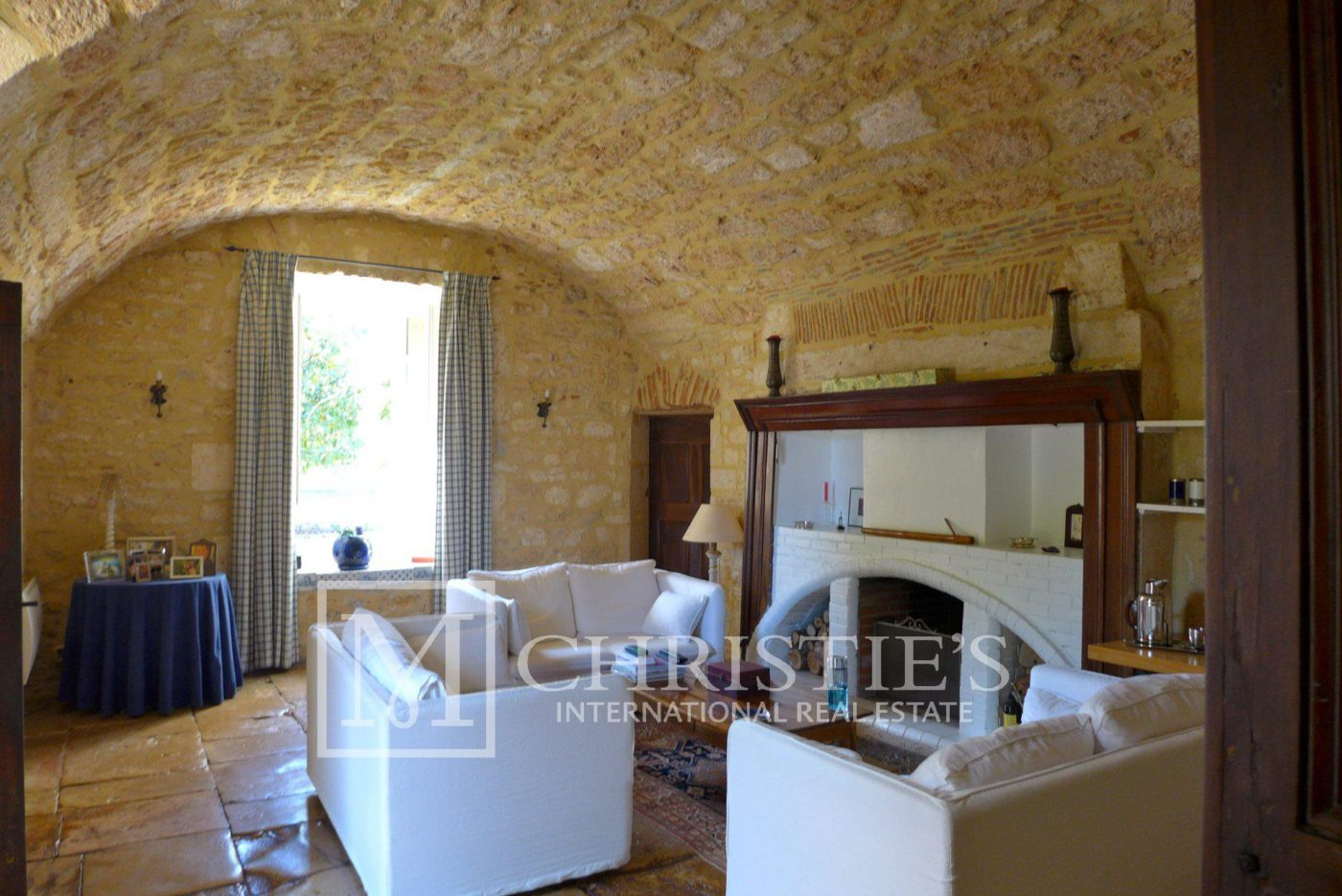 Living-room, Fireplace, Tile - Domaine with Organic Vineyard In AOC Cahors