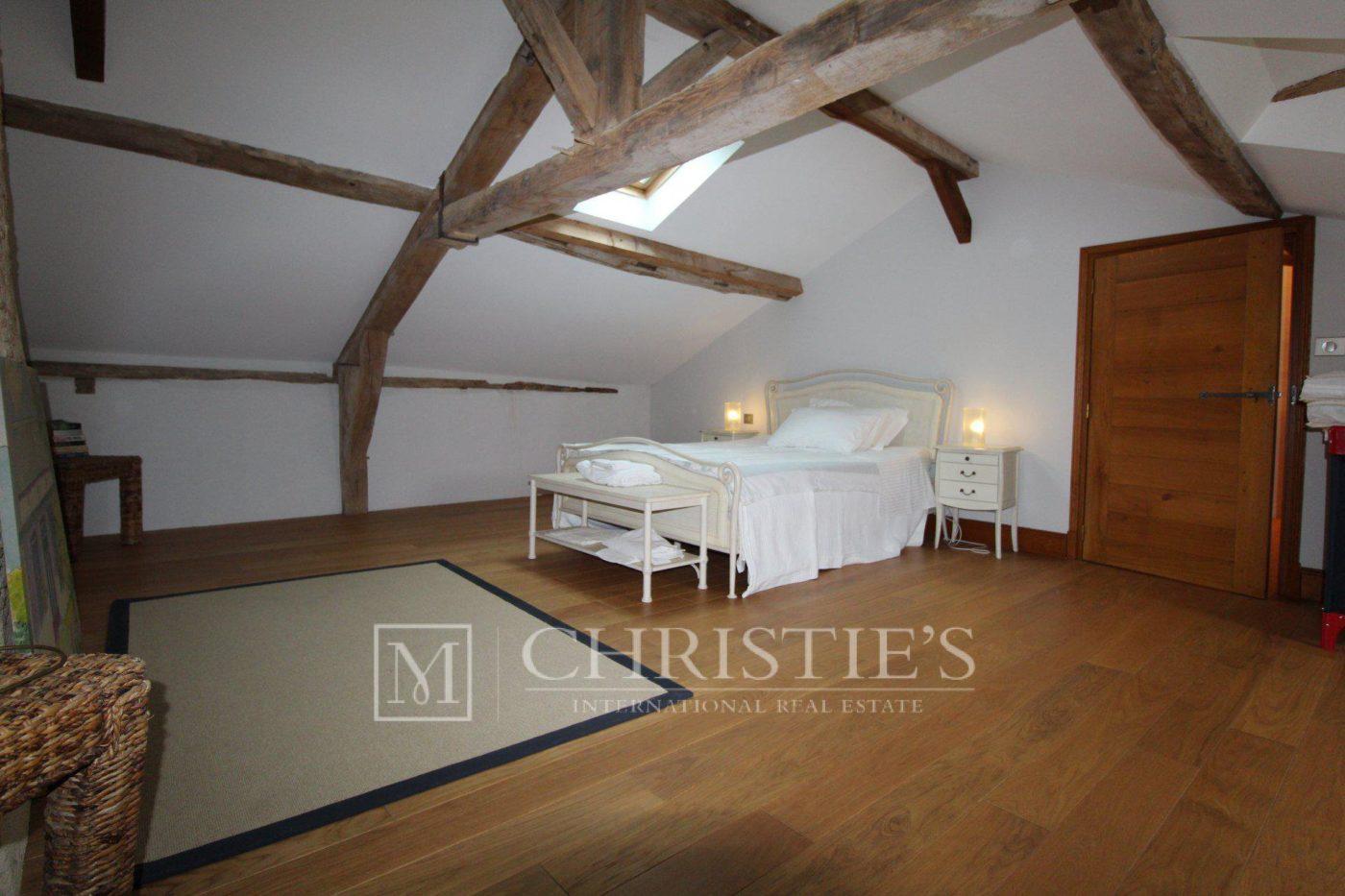 Chambre, Parquet, Cheminée - Petit vignoble près de Saint-Emilion avec magnifique Château historique